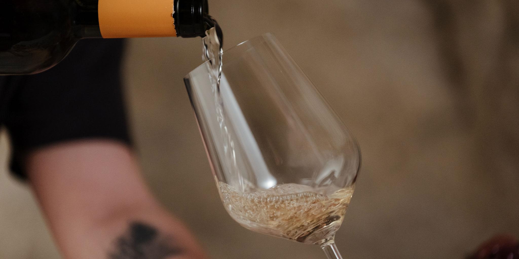 3 cose da sapere sulla Rebola, il vino più trendy del momento